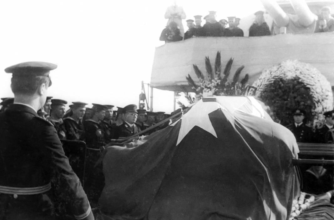 Atatürk'ün cenaze fotoğrafları gün yüzüne çıktı, bazıları ilk kez arşivden çıkartıldı 9
