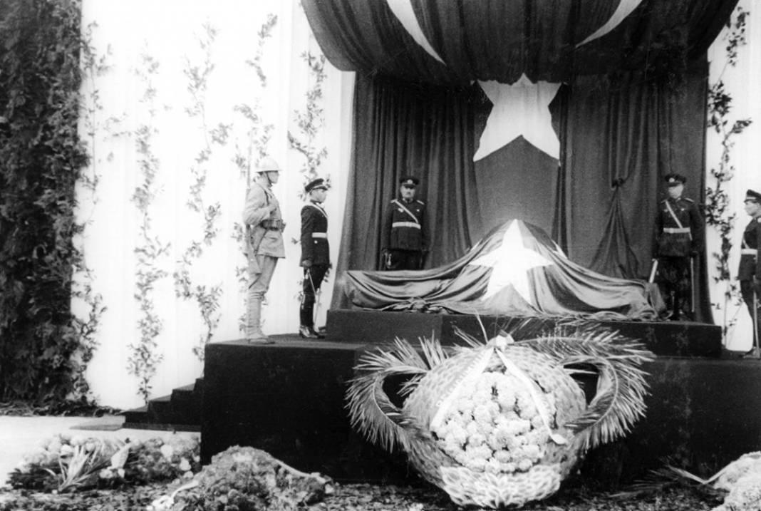 Atatürk'ün cenaze fotoğrafları gün yüzüne çıktı, bazıları ilk kez arşivden çıkartıldı 15