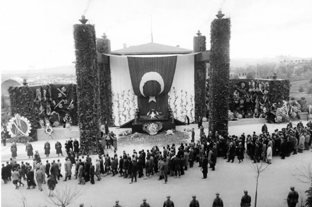 Atatürk'ün cenaze fotoğrafları gün yüzüne çıktı, bazıları ilk kez arşivden çıkartıldı 16