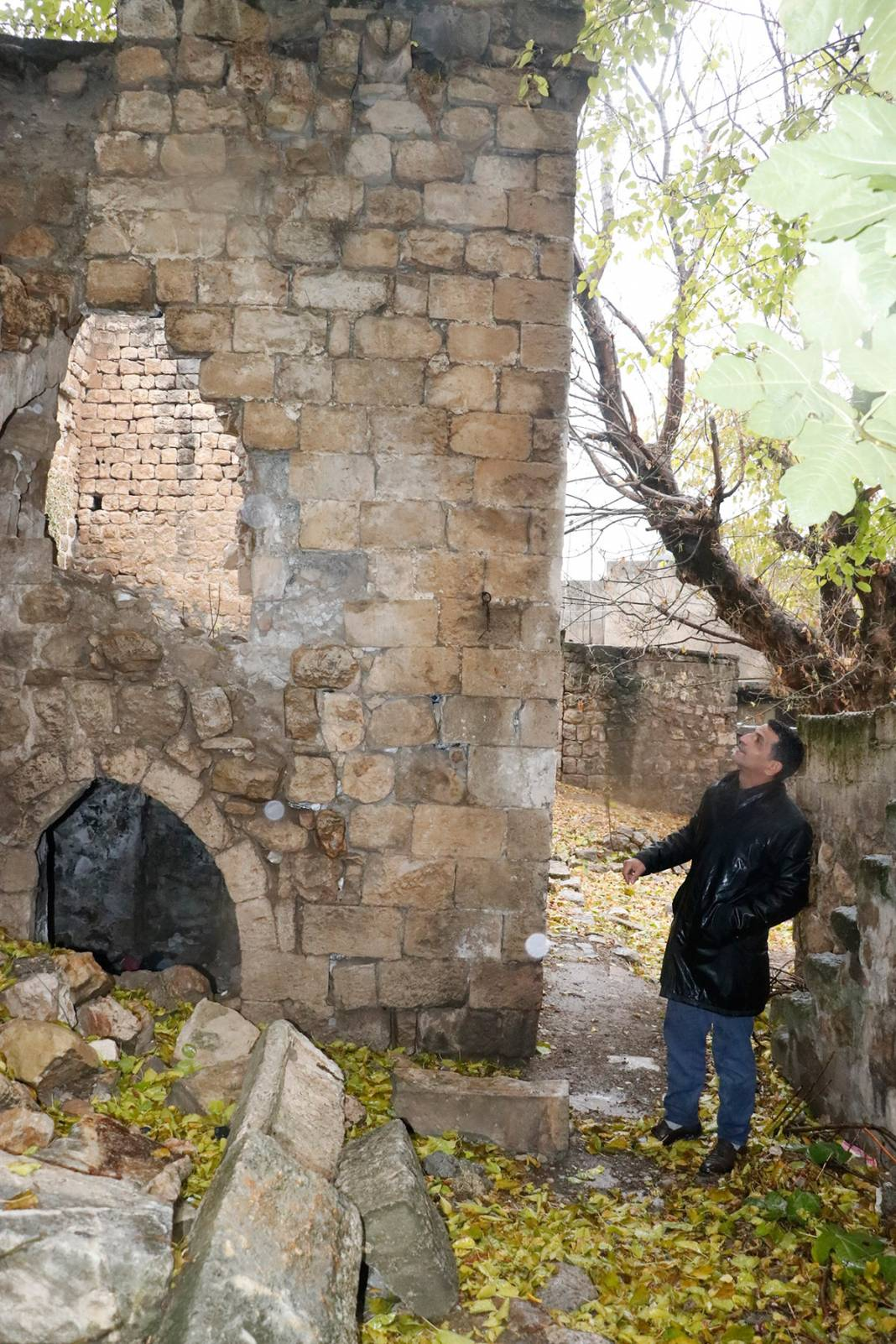 Bin yıllık eser can çekişiyor! Yağmur sonrası çöktü 15