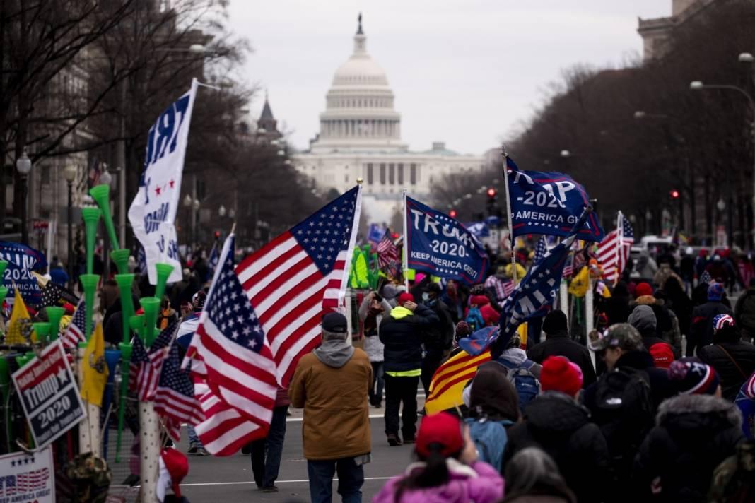 Trump ateşi! Kongre'yi bastılar, polisle çatıştılar 2