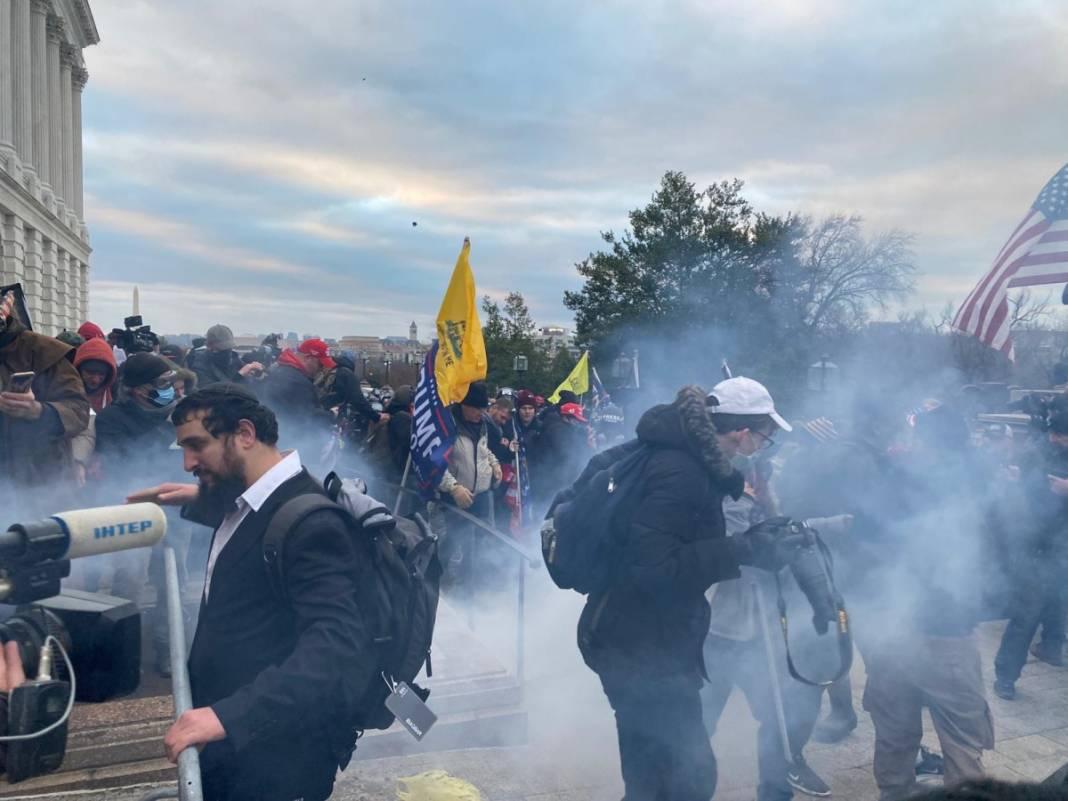 Trump ateşi! Kongre'yi bastılar, polisle çatıştılar 38