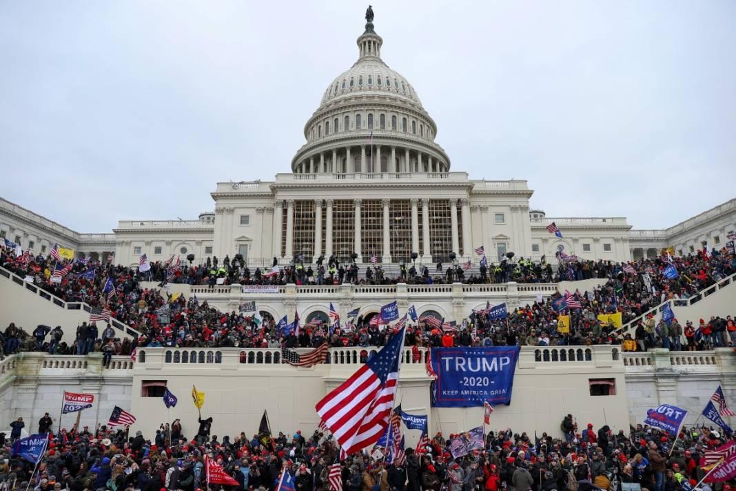 Trump ateşi! Kongre'yi bastılar, polisle çatıştılar 69