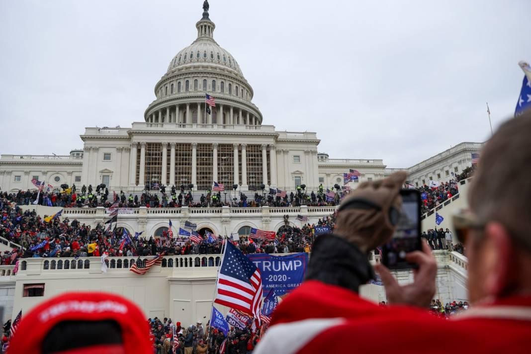 Trump ateşi! Kongre'yi bastılar, polisle çatıştılar 70
