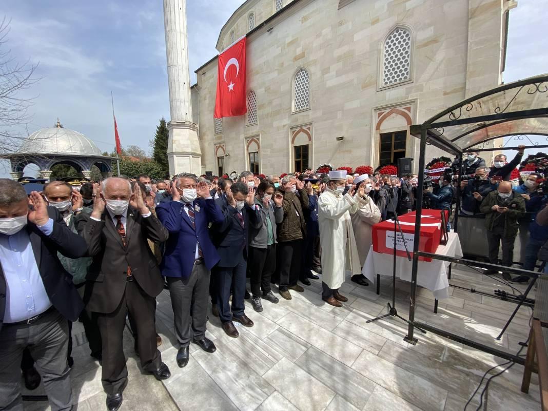 Türk Yıldızları şehidine son görev... Babasını asker selamıyla uğurladı 10