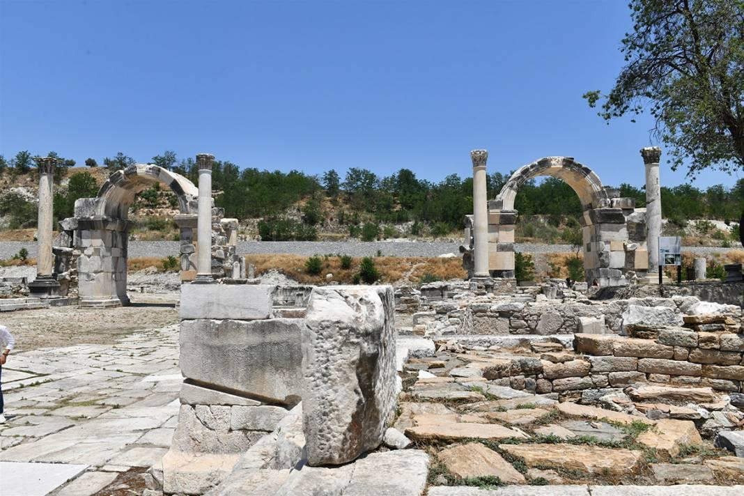 'Gladyatörler Şehri' Stratonikeia'da 'Tapınak' kazıları başladı 2