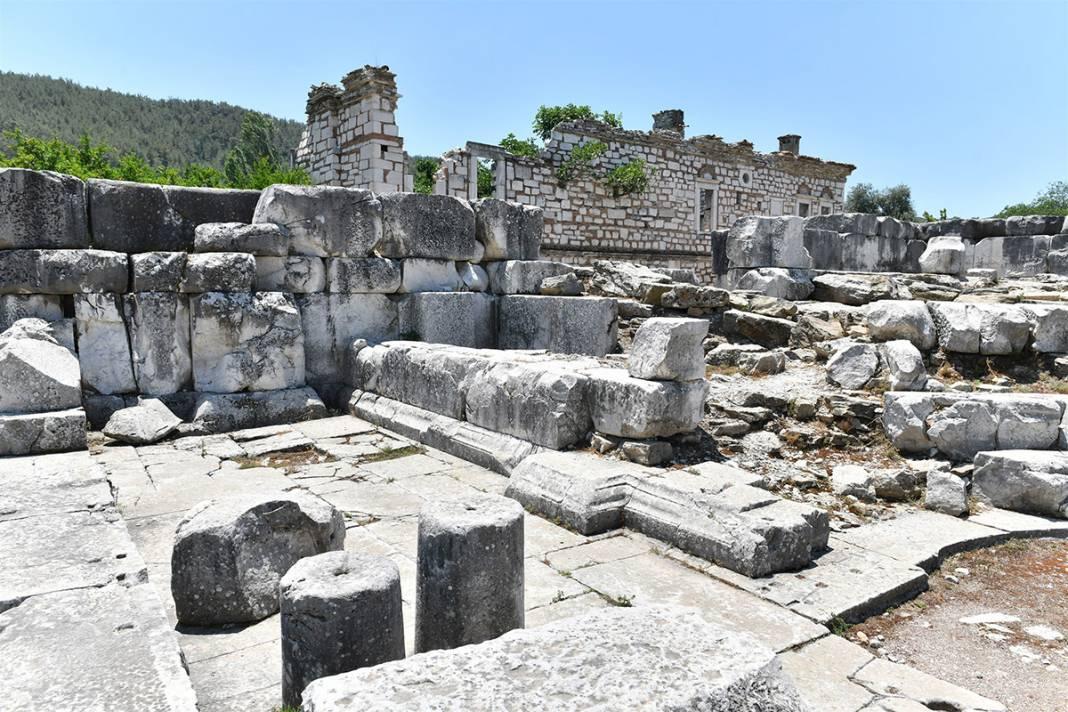 'Gladyatörler Şehri' Stratonikeia'da 'Tapınak' kazıları başladı 6