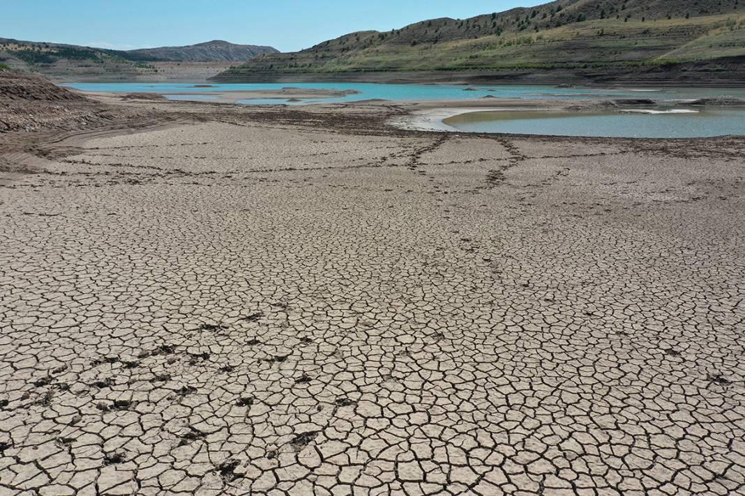 Uzmanlardan kuraklık uyarısı: Türkiye'nin en uzun nehri kurudu 10