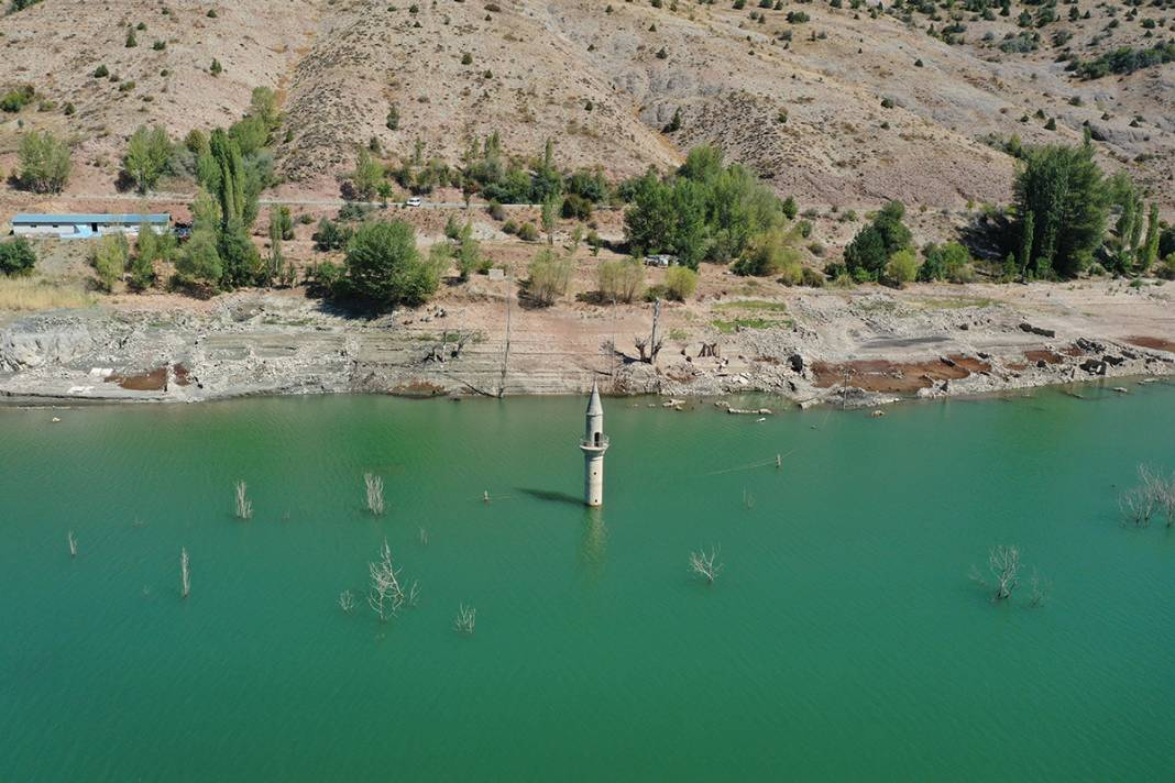 Uzmanlardan kuraklık uyarısı: Türkiye'nin en uzun nehri kurudu 4