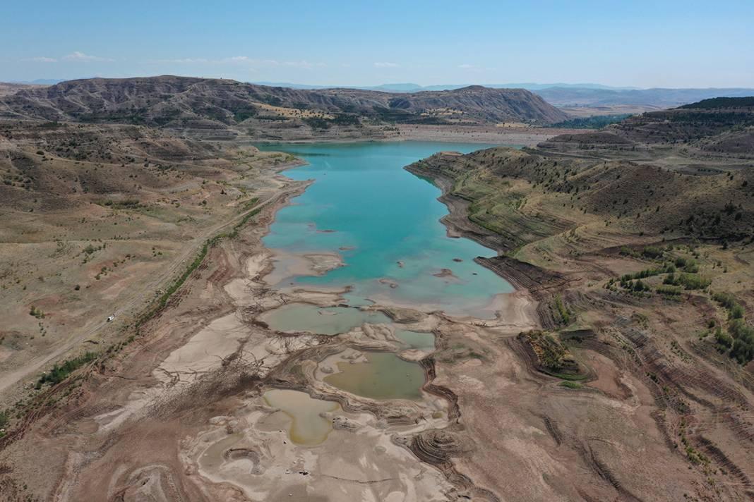 Uzmanlardan kuraklık uyarısı: Türkiye'nin en uzun nehri kurudu 6