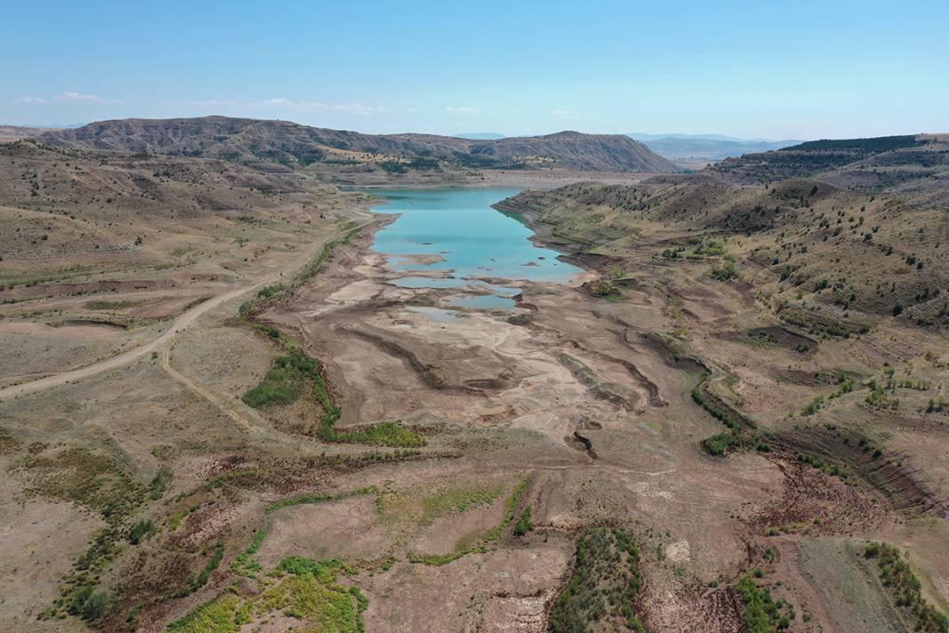 Uzmanlardan kuraklık uyarısı: Türkiye'nin en uzun nehri kurudu 7
