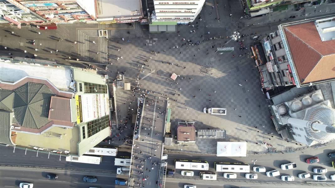 'Burası bir işkence' Şirinevler'de metrelerce toplu ulaşım kuyruğu 7