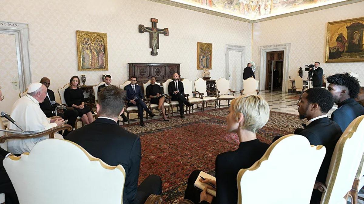 Papa'dan Doğu Türkistan çıkışı:  'Zulüm gören halklar arasında