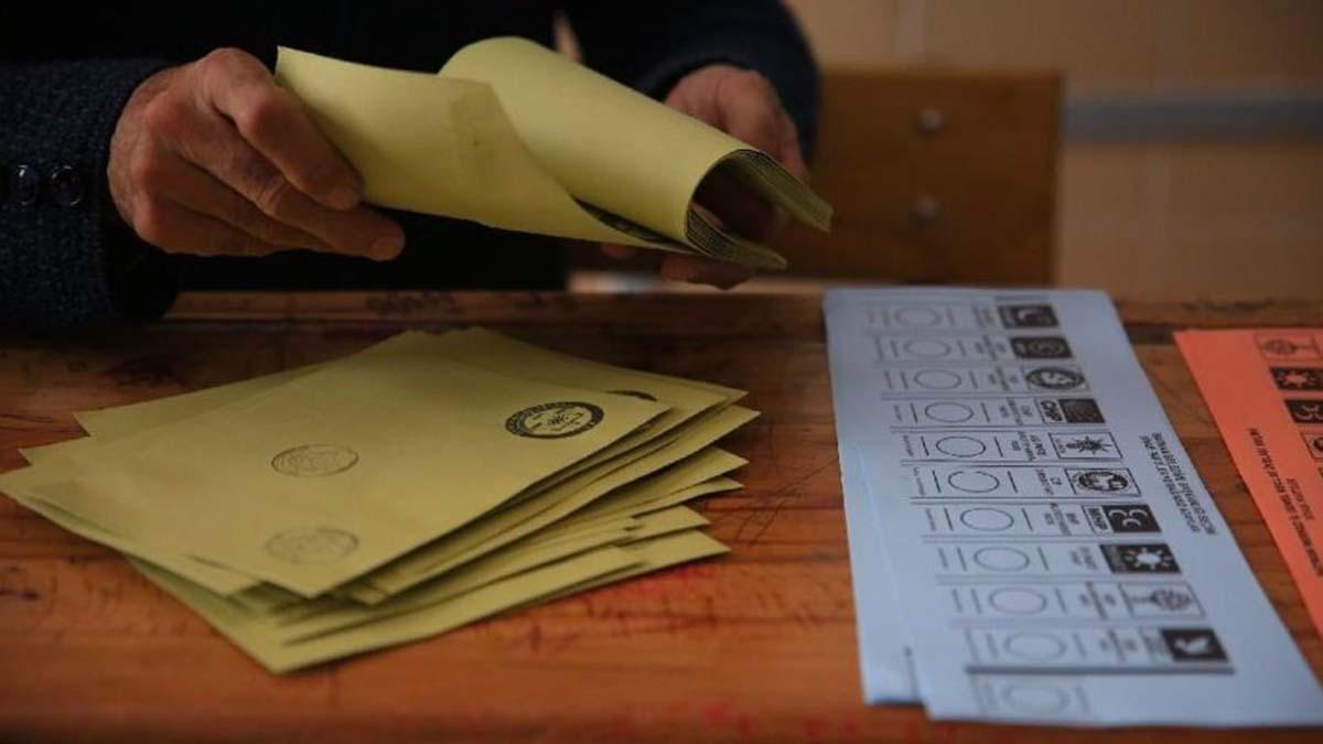 YSK listeyi güncelledi... Hangi partiler seçime giremeyecek?