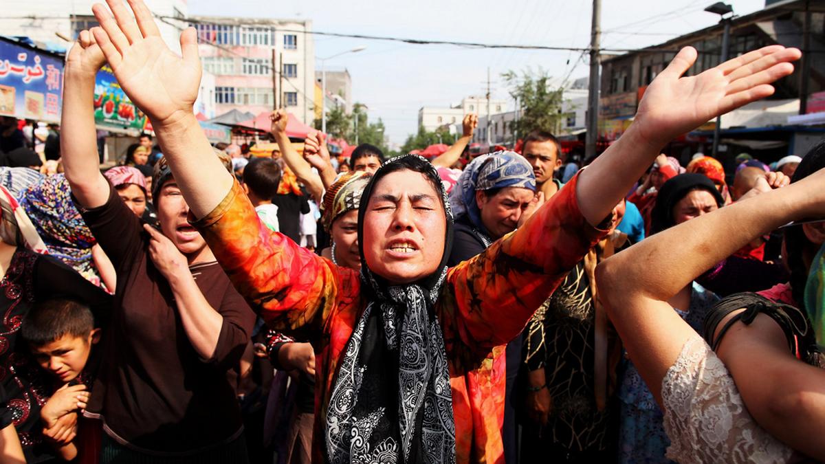 Türkiye'nin pulları Doğu Türkistanlılar için ayakta