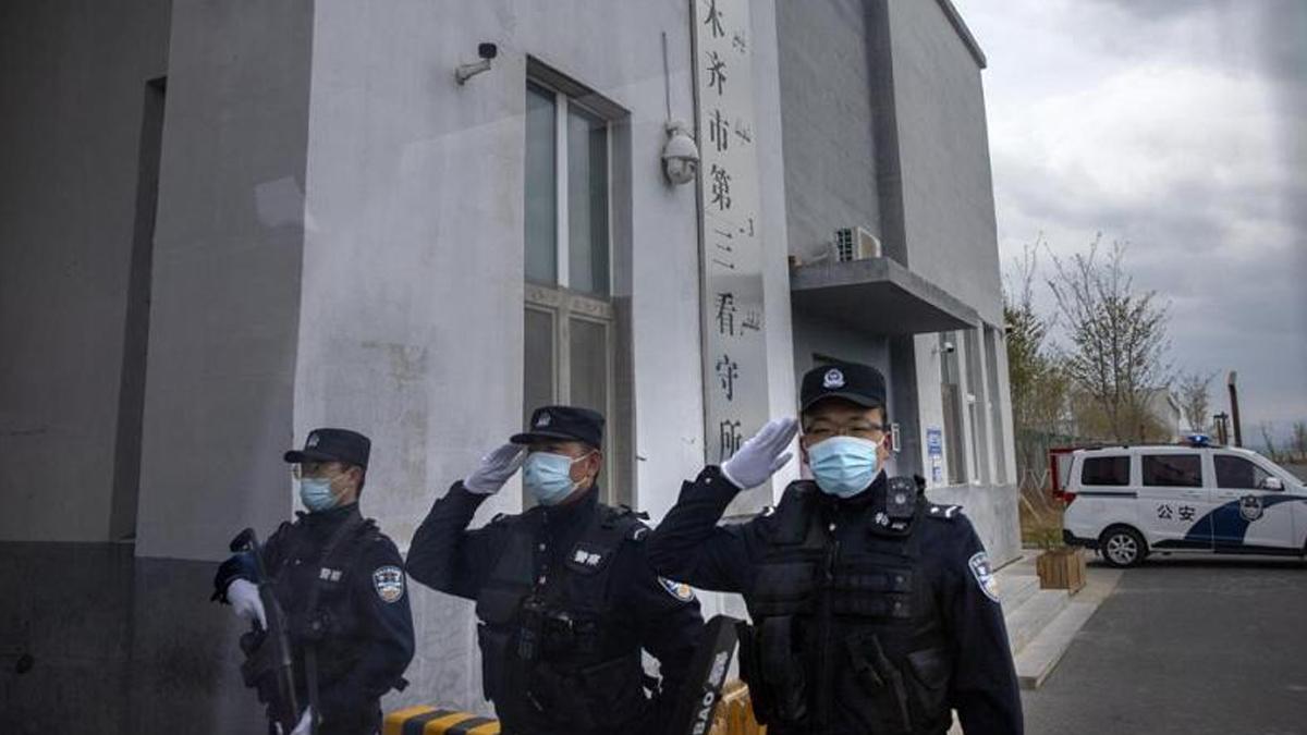 'Çin zulmü' yasallaştı! Toplama kampları cezaevlerine dönüştürülmektedir