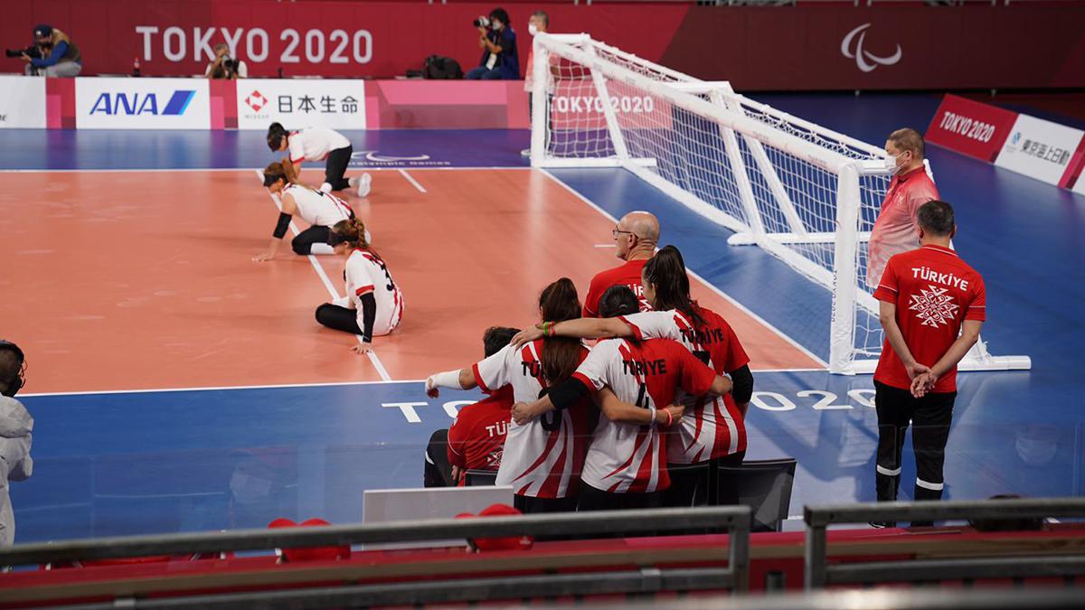 Goalball Kadın Milli Takımımız Tokyo'dan altın madalya ile dönüyor